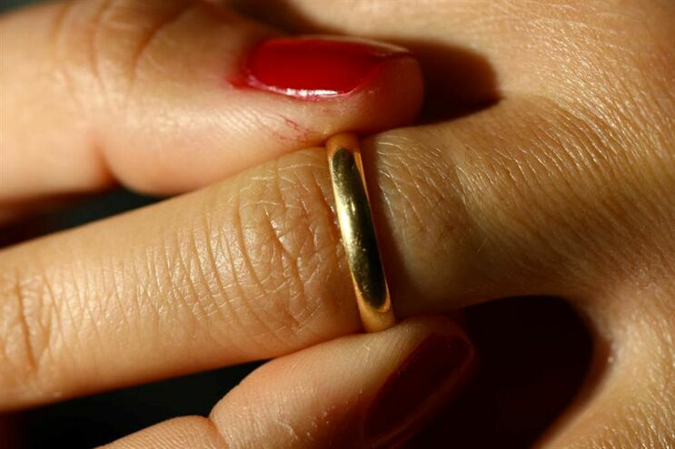 Quem sofre mais com o divórcio ? Homens ou Mulheres ?